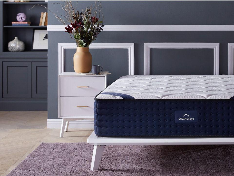 mattress-dreamcloud